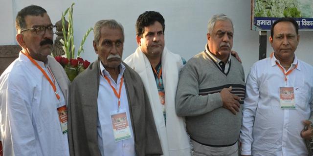मध्य प्रदेश में सबसे पहले इस सिंधी परिवार को मिली भारत की नागरिकता #CAA