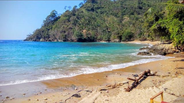 Pantai bolu-bolu, harga tiket masuk pantai bolu-bolu, pantai tirtoyudho, pantai kota malang, malang raya
