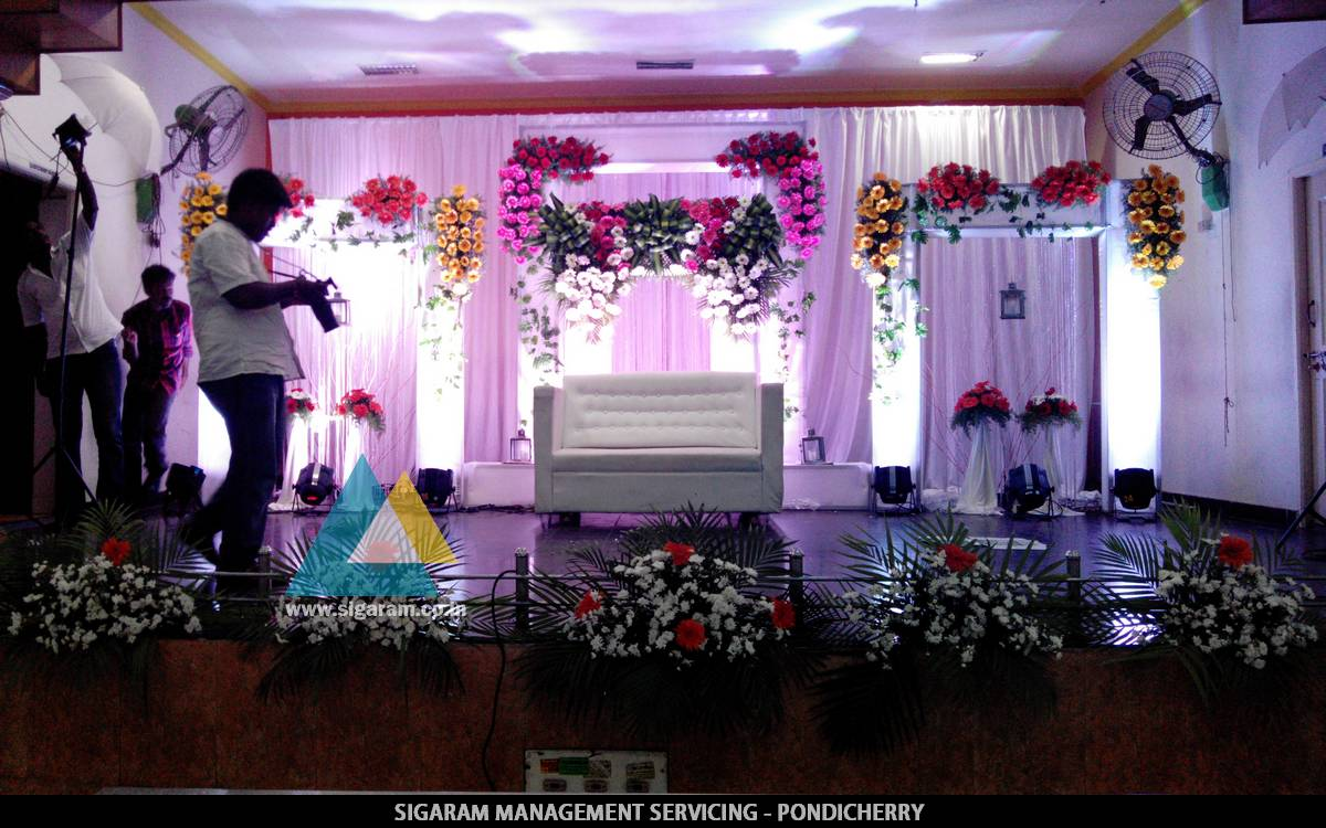 Wedding reception decoration at jvs mandapam tindivanam 24th wedding reception decoration at jvs mandapam tindivanam 24th april 2015 junglespirit Choice Image