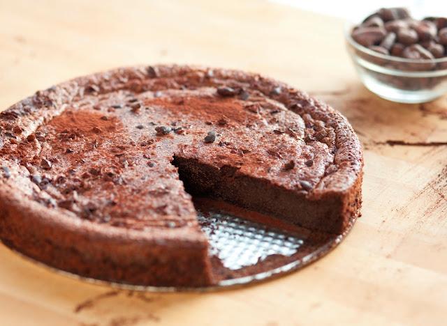 Gâteau au chocolat simplissime Samira tv 2016