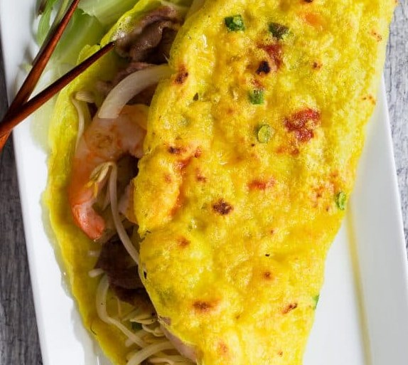 SIZZLING VIETNAMESE CREPE (BANH XEO) #appetizers #vegetables