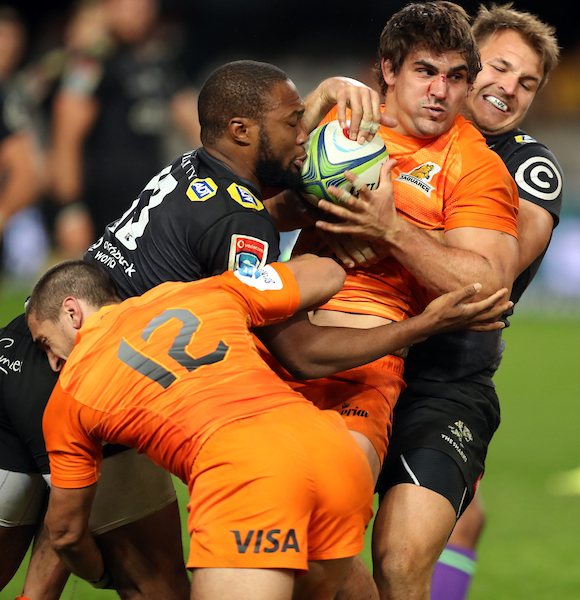 Pablo Matera of the Jaguares takes the ball into contact