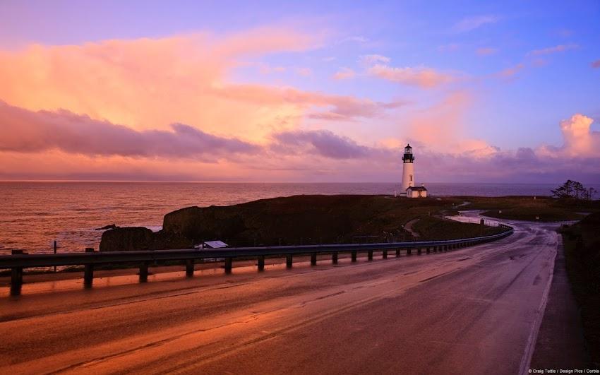Sunset on Oregon Coast (U.S.)