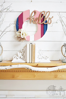 http://www.thriftyandchic.com/2019/03/diy-scrap-wood-spring-wreath.html