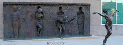 تمثال الخروج من القالب في فيلادلفيا، بنسلفانيا