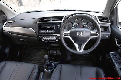Interior Honda BRV