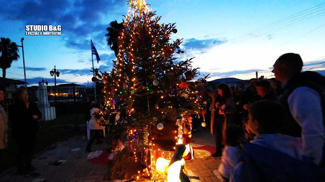 Στόλισαν με χειροποίητα στολίδια το Χριστουγεννιάτικο δέντρο στα Πυργιώτικα Ναυπλίου