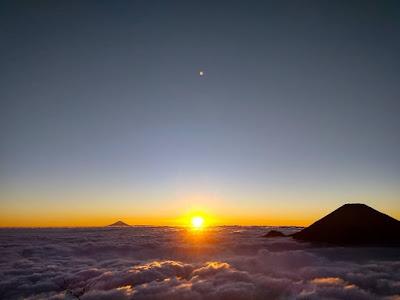 sunrise gunung sumbing