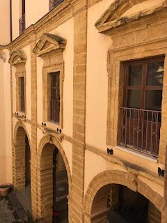 L'edificio fa parte del Polo culturale di Agrigento
