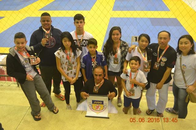 """Atletas da""""Arju"""" participam do XVII Torneio de Judô São Paulo Futebol Clube"""
