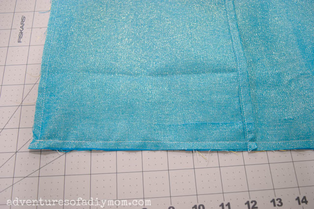 sewing top and bottom of pillow cover