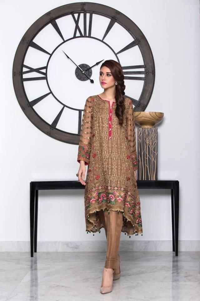 Inspirasi Tunik Pakistan untuk Bollywood Looks