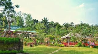 the le hu garden sibatakjalanjalan