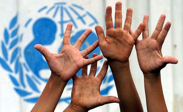 El Gobierno venezolano viola derechos de niños y adolescentes