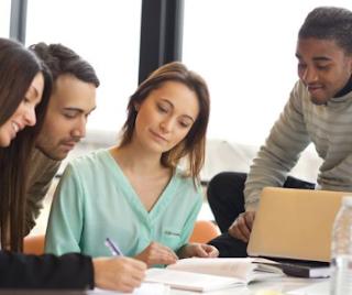 7 Tips Karir Sukses Untuk Wanita