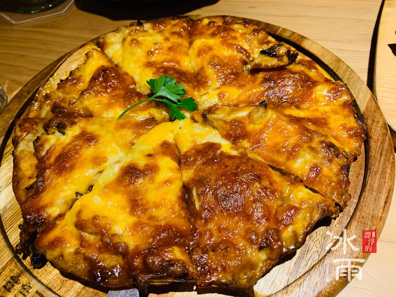 金色三麥大遠百店 Pizza
