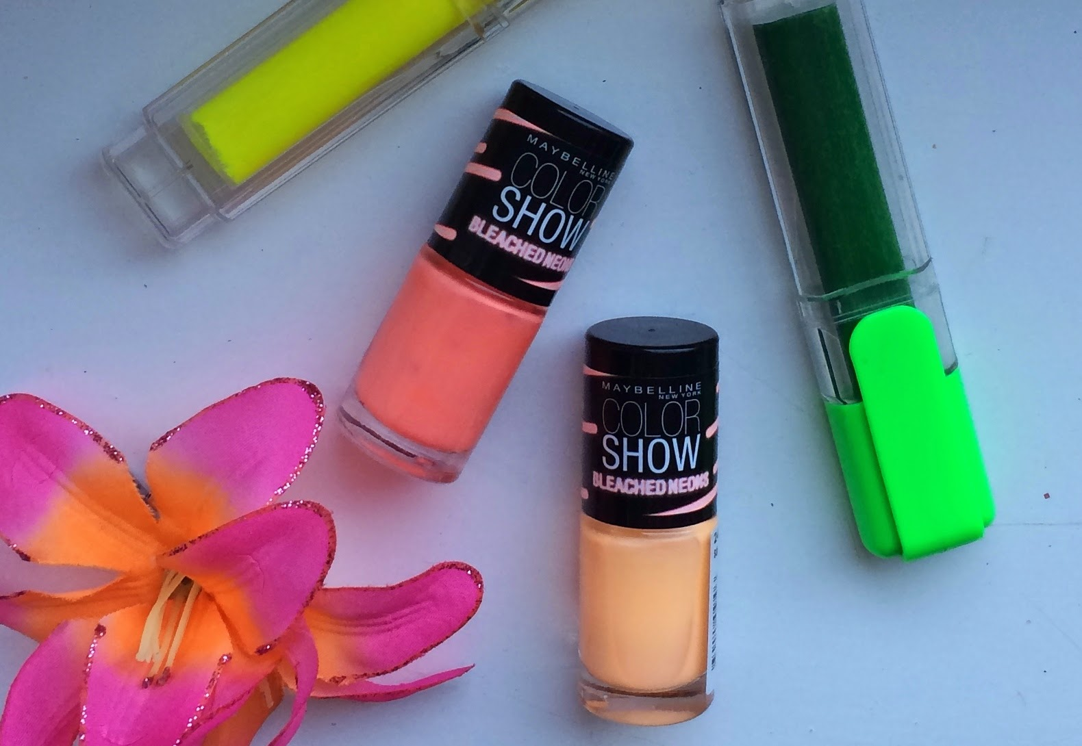 maybelline-color-show-bleached-neons