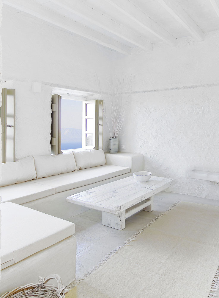 Dos apartamentos blancos y minimalistas frente al mar Egeo - Melanopetra