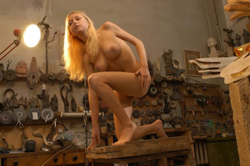 Met-Art 20041129 - Sasha C - Sirens - by Max Stan 20041129_-_Ada_A_-_Sculpture_-_by_Goncharov.zip.MET-ART_sg_65_0161