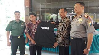 Muspika Ranuyoso Beri Pengarahan Satgas Keamanan Tiga Desa