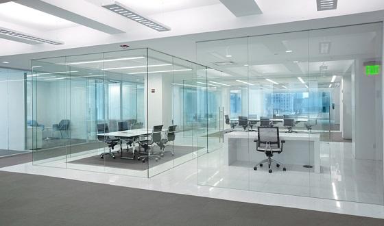 Partisi ruangan kantor frameless