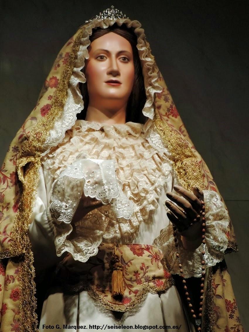Madre de la Paz. Martes Santo. León. Cofradía Santo Cristo del Perdón. Foto G. Márquez.