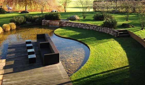 luciu apa gradina moderna, design gradina cu apa, ponton pe apa, terasa pe apa, iaz, helesteu, gradina idei, firma amenajare gradini bucuresti
