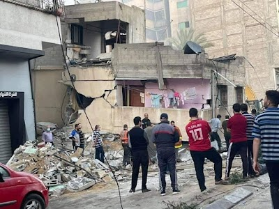 استشهاد 7 مواطنين من عائلة واحدة في قصف اسرائيلي وسط غزة