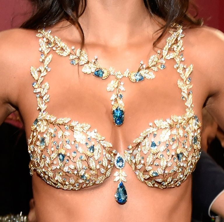Lais Ribeiro in the Fantasy Bra