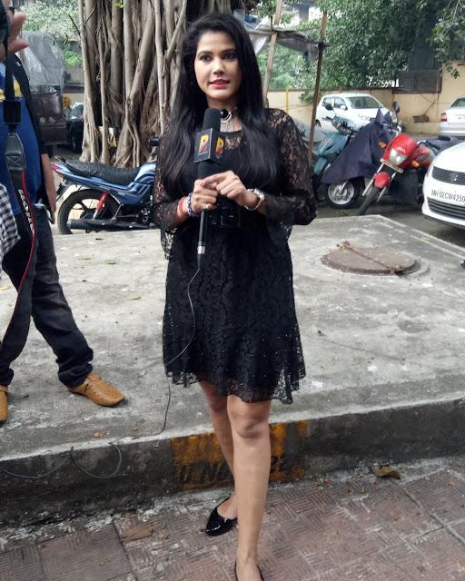 View Bhojpuri Actress Seema Singh Hot Bikini Bra Topless Photos