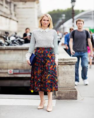 outfit con falda larga de flores de invierno