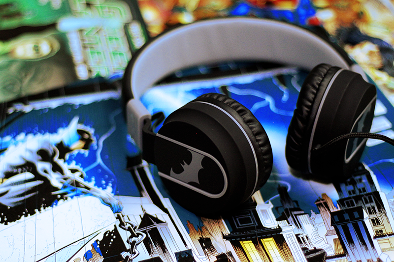 Christmas Raffle 3: Ekonic Justice League Headphones!