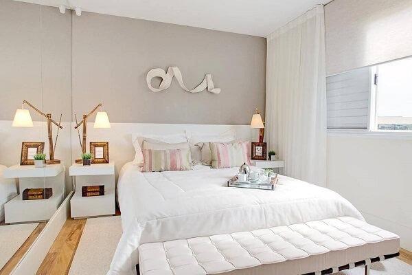 widow's bed brings elegance to the bedroom