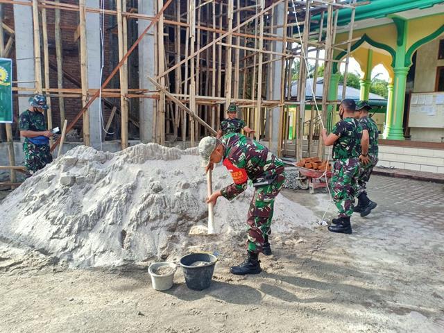 Dalam Rangka Pembangunan Masjid Diwilayah Binaan, Personel Jajaran Kodim 0207/Simalungun Kejar Target