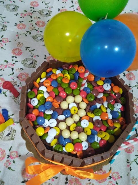 Tarta De Cumpleaños Kit Kat Con Bizcocho De Natillas