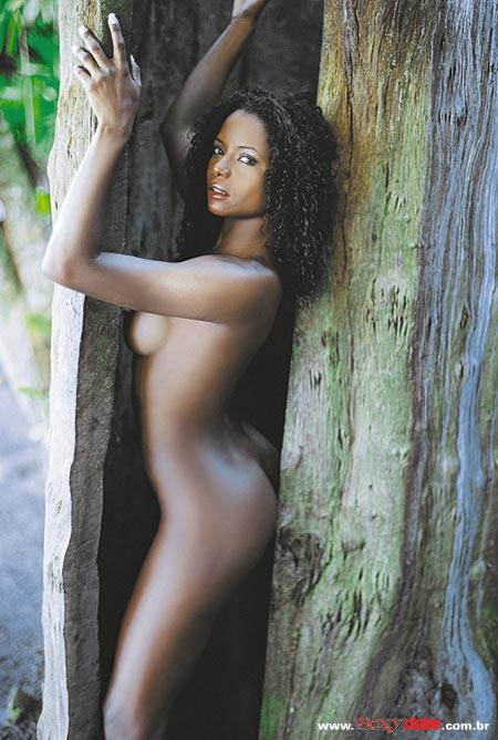 Adriana Bombom pelada nua na sexy 17