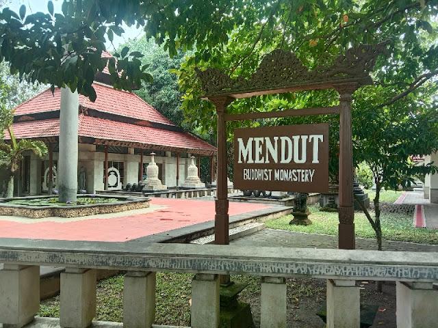 Caption: Vihara Mendut di Kabupaten Magelang. Foto: Istimewa