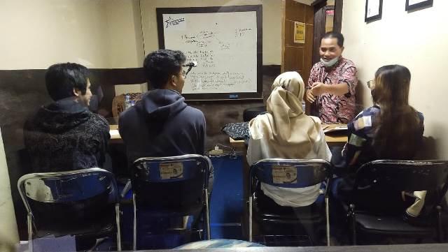 Peserta RBS Latihan Olah Napas dan Teknik Vokal