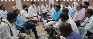 #JaunpurLive : अधिवक्ताओं व तहसील कर्मचारी में विवाद, पुलिस जांच में जुटी
