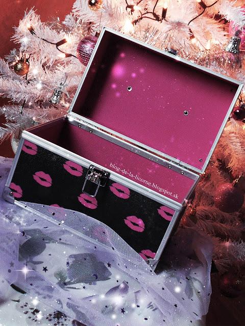 Kozmetický kufrík Maybelline