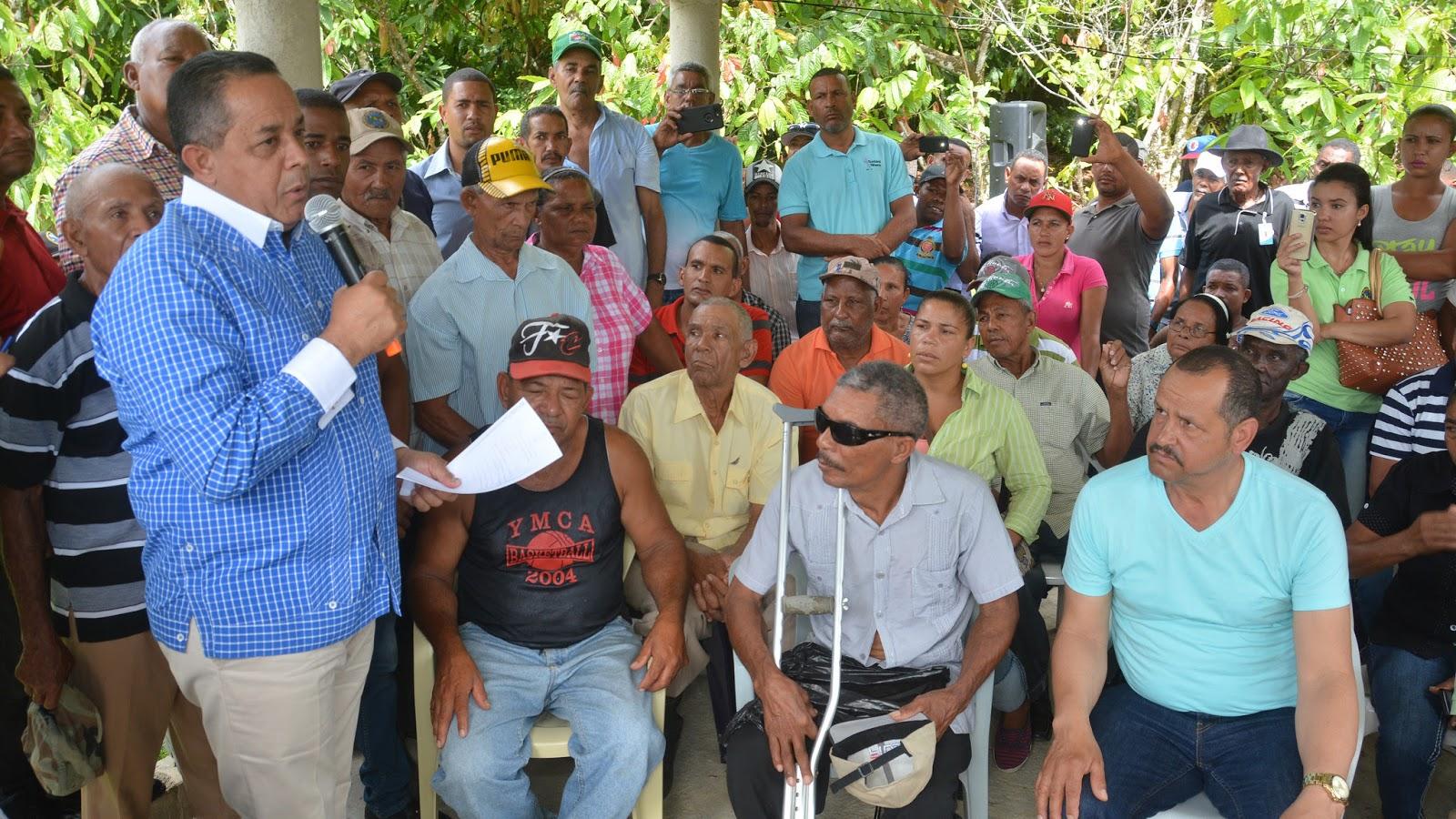 Comisión se reúne con productores de Balatá; evalúan pedidos de Visita Sorpresa