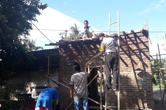 Di Banjar Warganya Masih Membangun Rumah Secara Gotong Royong