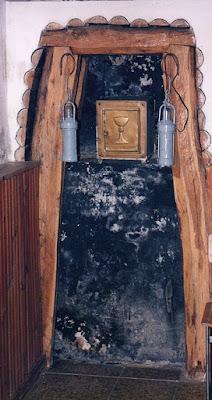 iglesia, San Jorge, Tormaleo, Ibias, Asturias, sagrario, bocamina