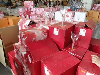 Crystal Shopping in Neustadt an der Waldnaab, Bavaria