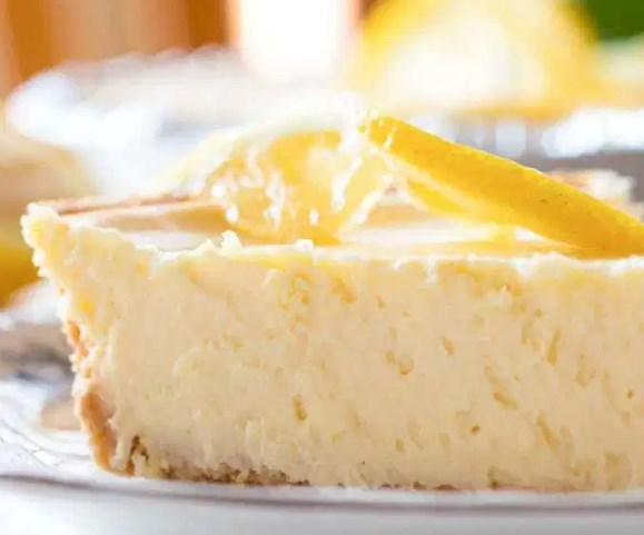 Easy Luscious Lemon Cheesecake #desserts #summerday