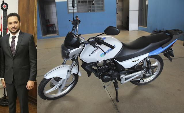Prefeitura de Mendonça ganha motocicleta do Detran