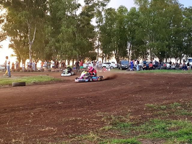 Aporte para reparaciones en la pista de karting local