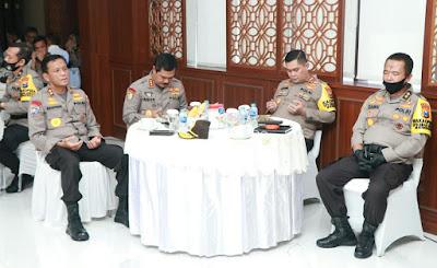 Kabaharkam Polri Lakukan Supervisi Dan  Asistensi Operasi Aman  Nusa II Tahun 2020 Di Mapolda Jatim