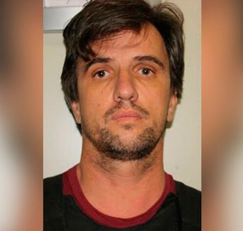 Empresário cusado de matar Ana Karina é condenado há 24 anos de prisão.  https://www.portalpebao.com.br/2021/06/empresario-cusado-de-matar-ana-karina-e.html?m=1