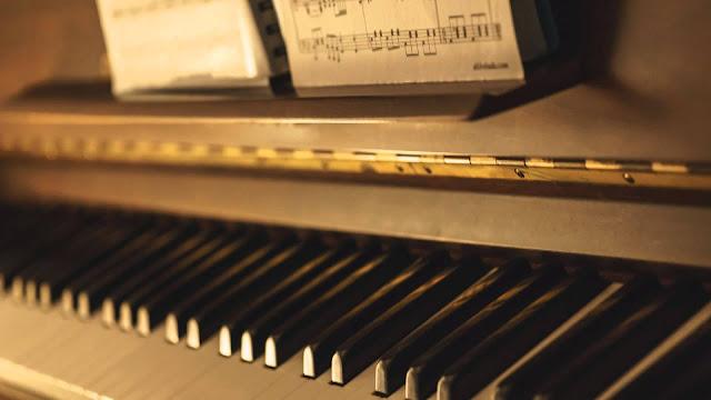 Tips Menulis Dan Menciptakan Melodi Dengan Baik
